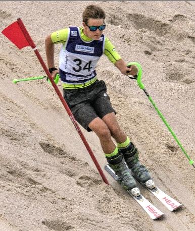 Max Straub, Ski-Freestyler